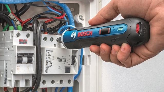 Chegou a nova<br>parafusadeira Bosch GO!